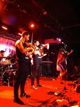 Mashrou3 Leila en concert  (c) Margaux Bonnet